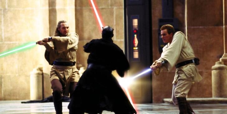 Qui Gon Jinn e Obi Wan Kenobi enfrentam Darth Maul