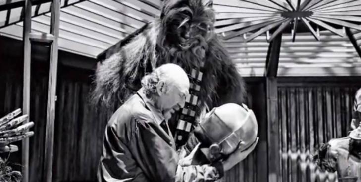 Diretor Irvin Kershner orientando Peter Mayhew (Chewbacca)